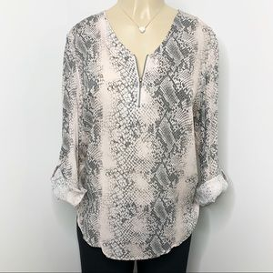 TRIBAL JEANS Pink Snake Print Popover Roll Tab Top
